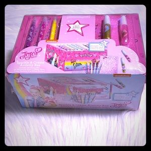 JoJo Siwa Sparkle & Create Activity box 🎀